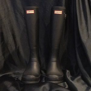 Size 11 Hunter Boots in amazing condition